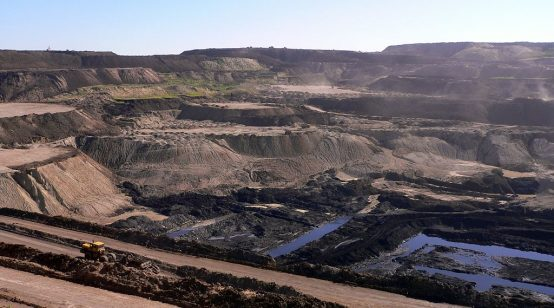China boosts coal imports and new mines
