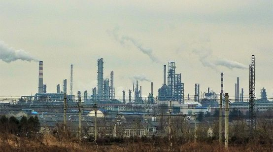 Chinese refineries cut output as coronavirus hits demand