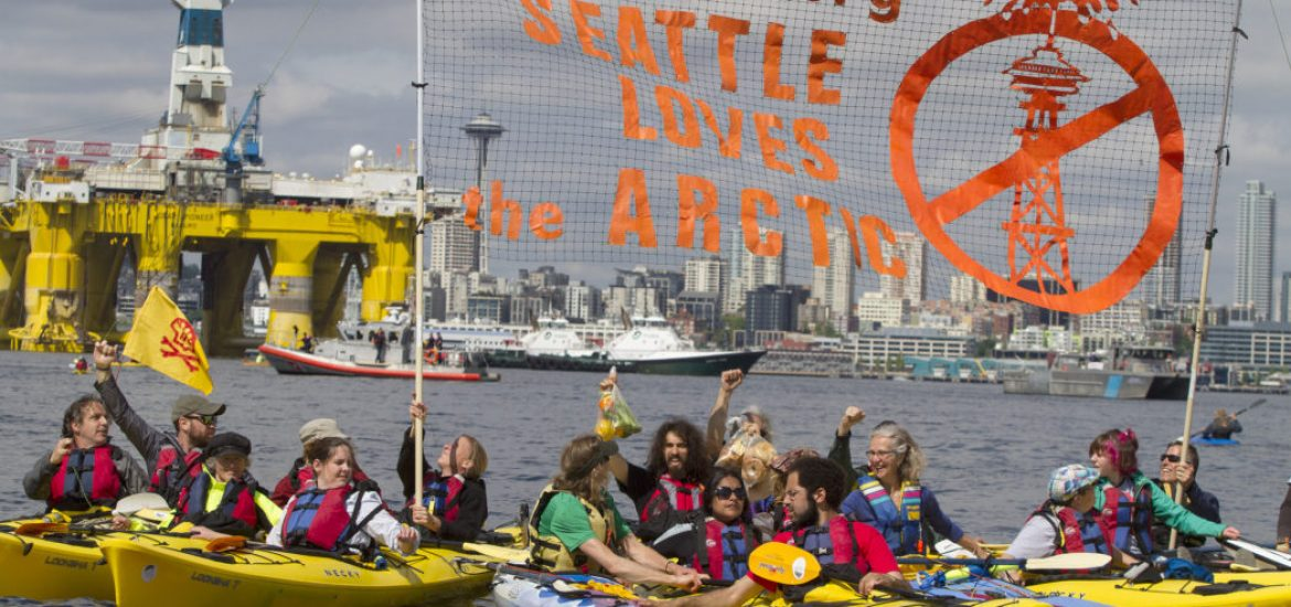 Shell faces legal threat over carbon policy