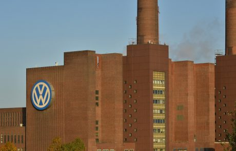 Investors claim billions in VW case