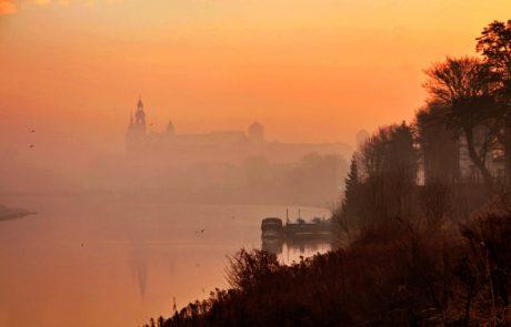 Poland plans green subsidies to cut smog