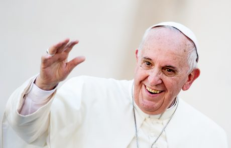 Pope tells oil execs to go green