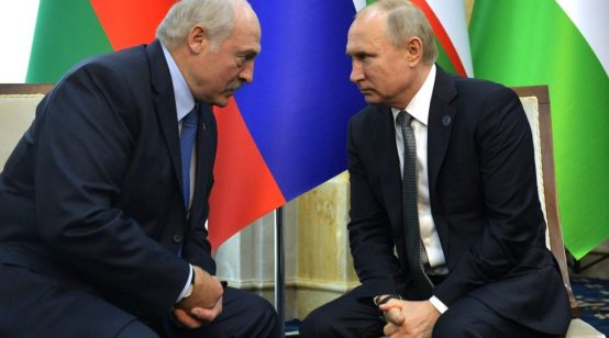Belarus offered Russian oil for shared currency: sources