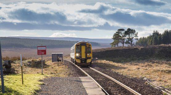 Scotland unveils hydrogen trains project