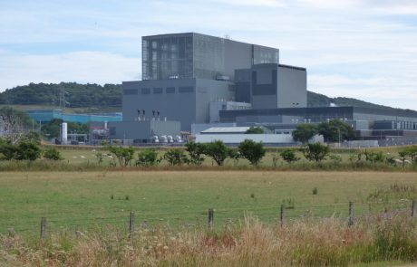Nuclear shutdowns could scupper UK carbon targets: report