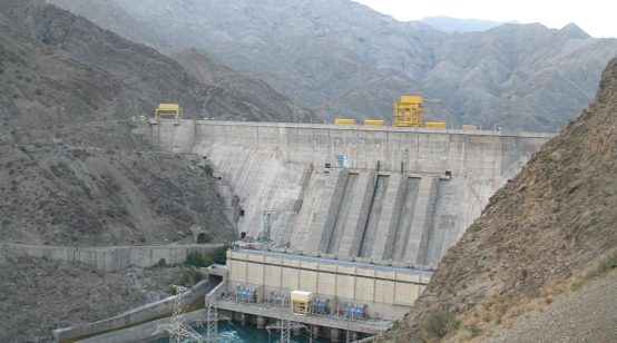 Pakistan looks for Kyrgyz-Tajik power swap