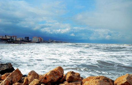 Russia set to relax Caspian grip
