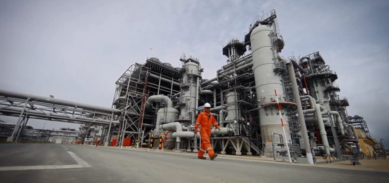 Gazprom hails $20bn Baltic methane plant