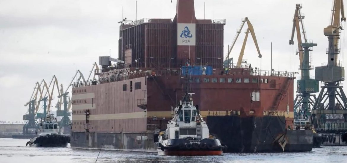 'Nuclear Titanic' heads into Baltic