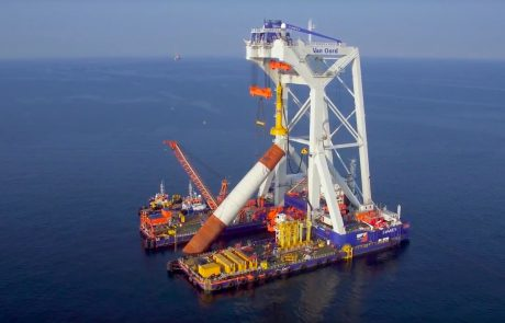 World's largest offshore wind farm off UK