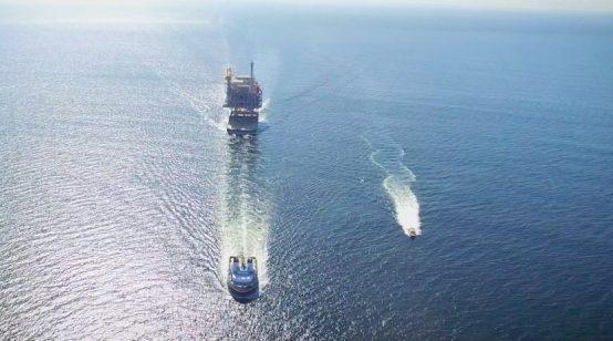 Oil majors snub giant Brazilian auction