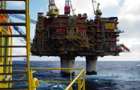 Norway starts oil 'revolution'