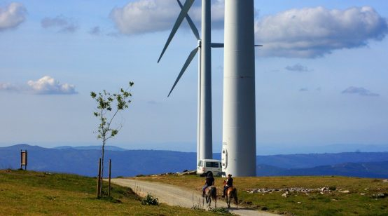 Spain swamped by renewable applications