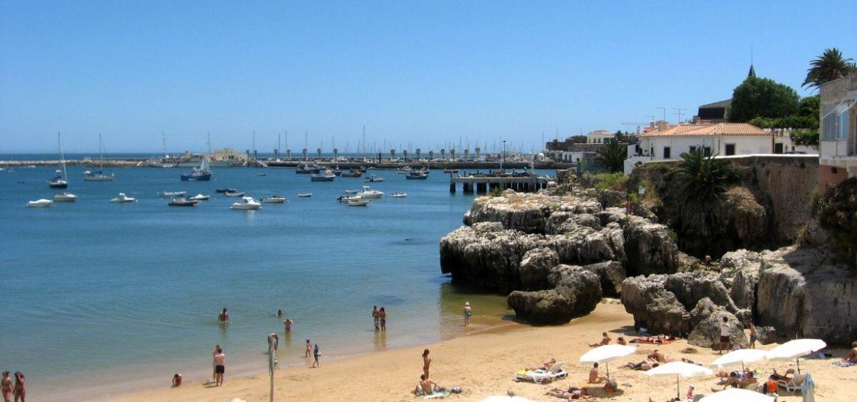 Petrol strike hits Portugal during tourist peak